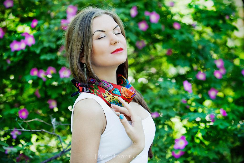 Фотосессия девушки на природе летом, фотосъемка девушки, профессиональная фотосессия девушки