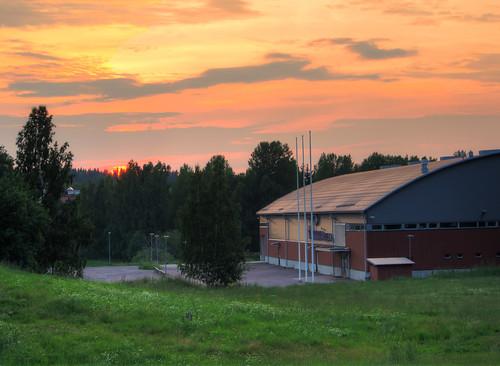 sunset summer building architecture suomi finland skating icehockey jääkiekko kesä luistelu auringonlasku mäntsälä jäähalli arkkitehtuuri rakennus icehall tokmanniareena mäntsälänjäätiikerit
