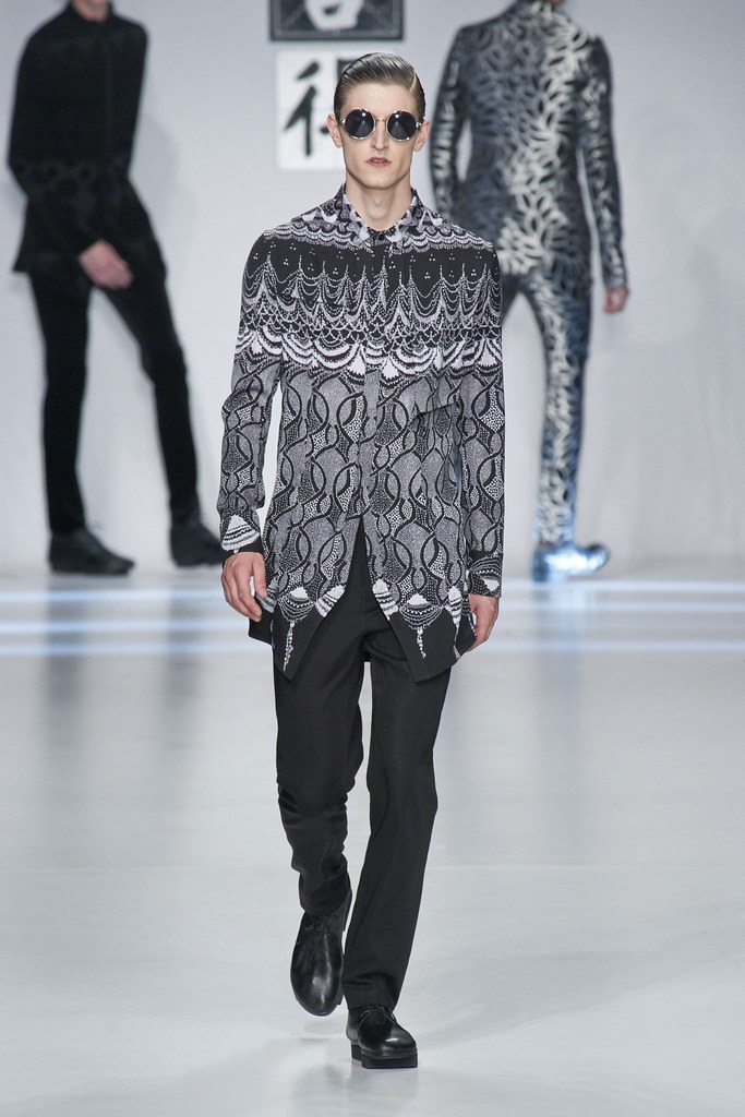 SS14 Milan Ji Wenbo052_Chris Beek(fashionising.com)