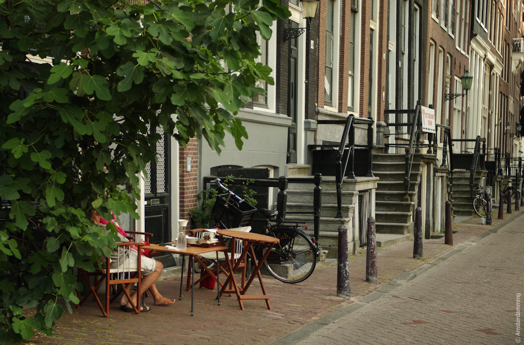 Amsterdam, Dutch Summer Habits: Dining in Front of the House