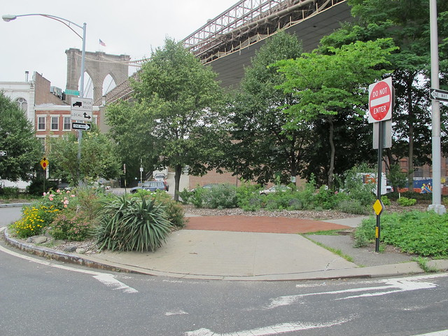 Old Fulton Street between Front Street and BQE, Brooklyn Heights