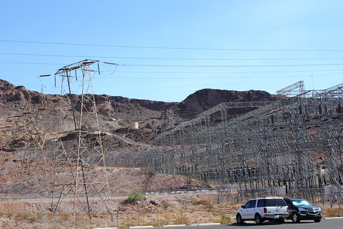 On the way to Hoover Dam