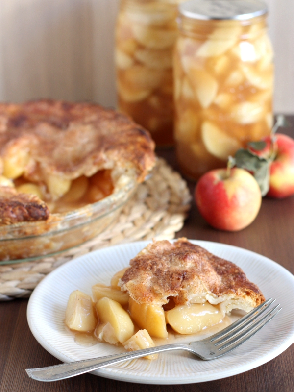 Homemade Apple Pie Filling for Canning
