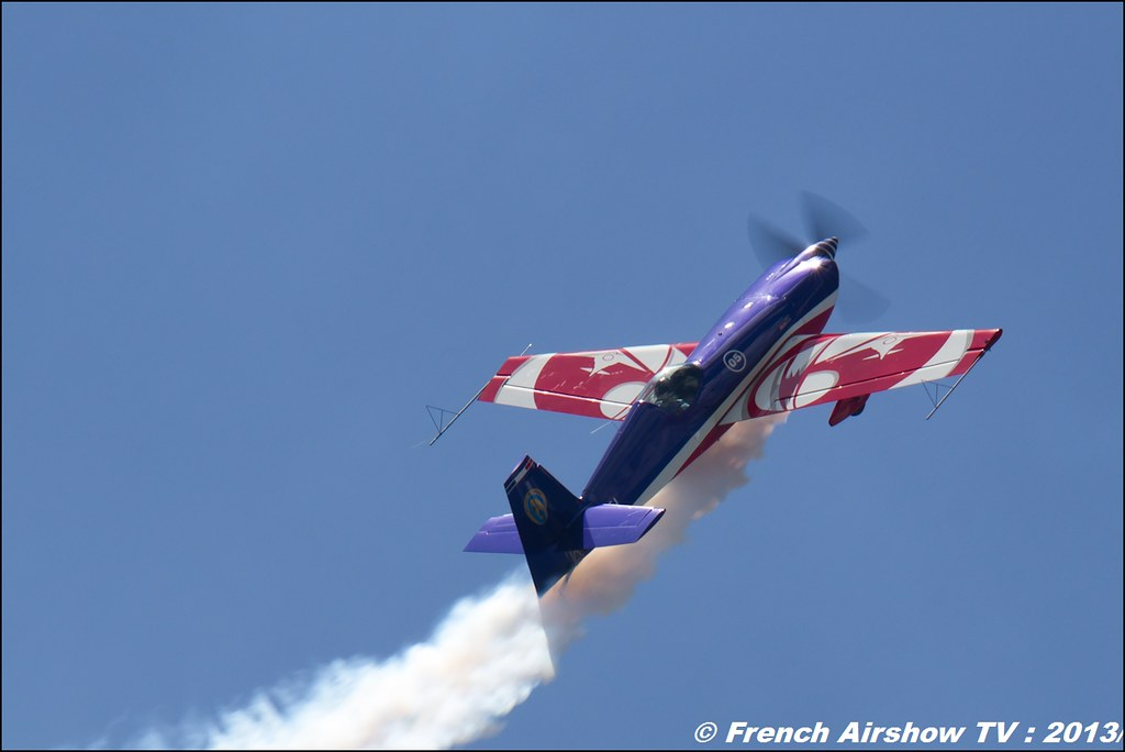 Extra 330SC EVAA, Meribel Air Show 2013