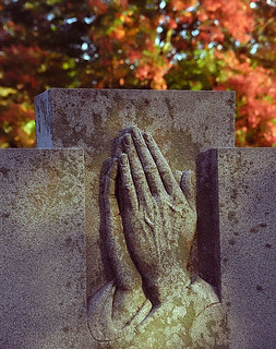 "Cincinnati - Spring Grove Cemetery & Arboretum ""Praying Hands""'"