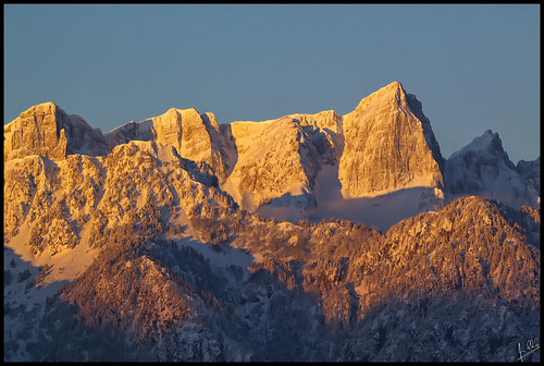trees mountain snow mountains tree dawn greece pindos epirus ελλάδα gamila πεύκα τοπίο βουνό χιόνι pades konitsa ipiros χιόνια αυγή greekmountains aoos tymfi timfi smolikas οροσειρά greekfauna βουνά greeklandscape έλατα ήλιοσ ήπειροσ γκαμήλα πίνδοσ τύμφη κόνιτσα πάδεσ σμόλικασ palioseli αώοσ λάκκααώου παλιοσέλλι palioselli λξ