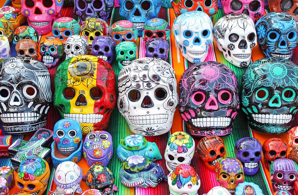 Dia de los Muertos display 3