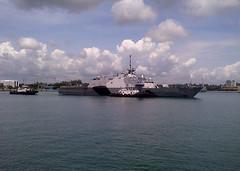 USS Freedom (LCS 1) departs Changi Naval Base, Nov. 16. (U.S. Navy photo by Lt. Cmdr. Justin Bummara)