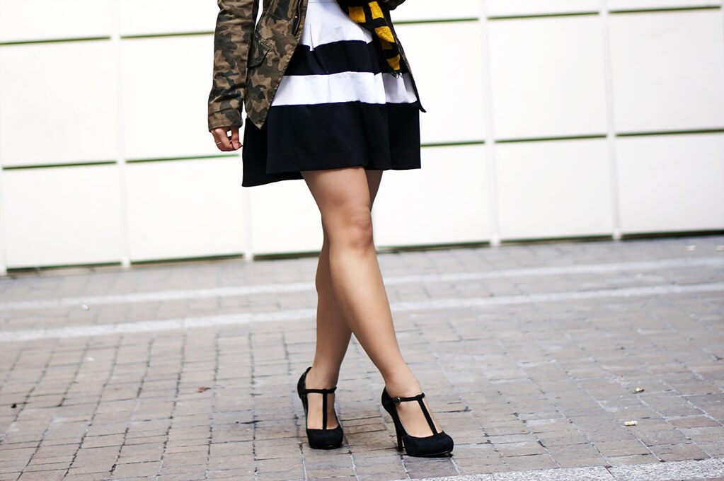 Petite Hues, Zara Oversized Scarf, Striped Skirt, Fall Trends, Cropped Sweater