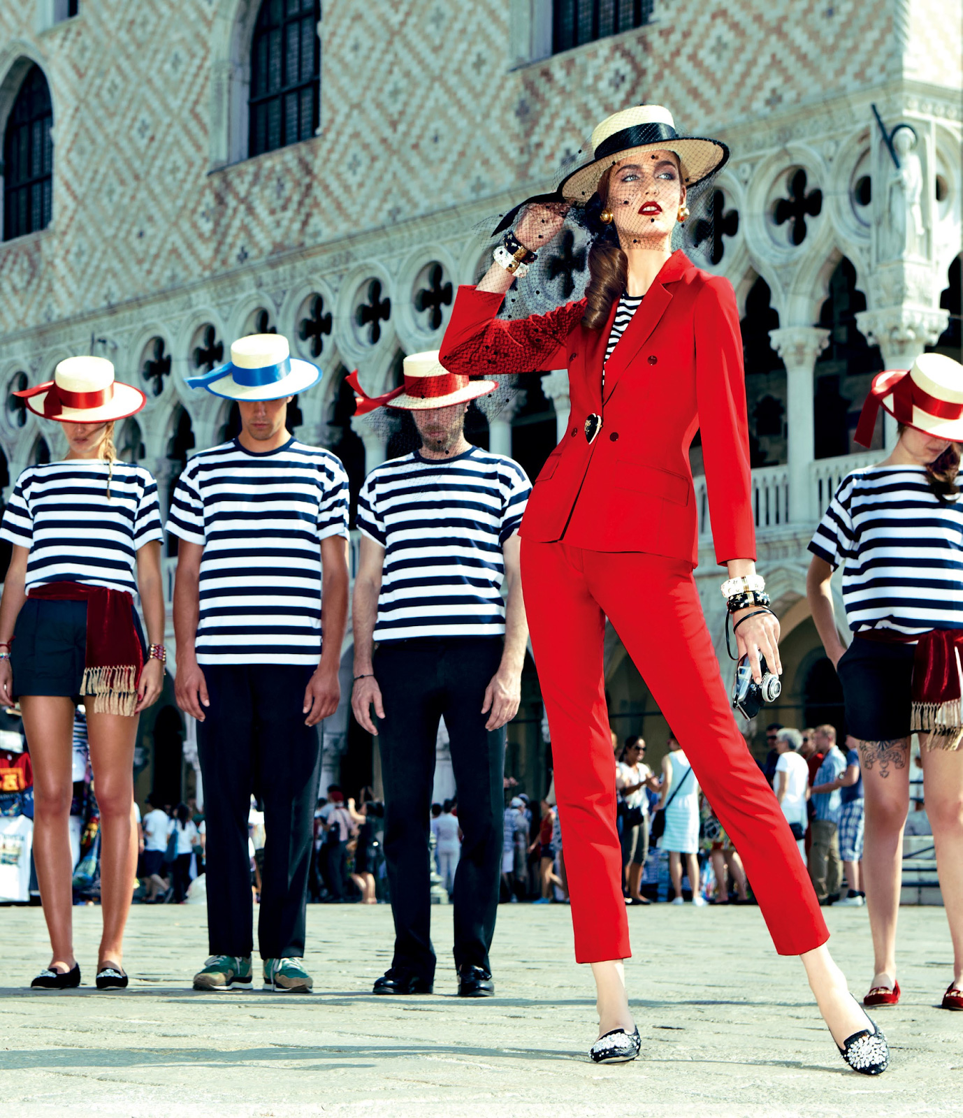 Zuzanna-Bijoch-by-Pierpaolo-Ferrari-for-Vogue-Japan-February-2014-(My-Fascination-with-Venice)-(7)