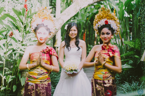 P + C Wedding in Kayu Manis Villa by Beauty in Colors Photography