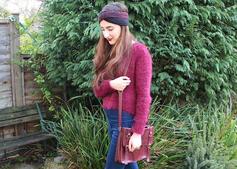 BERRY FLUFFY JUMPER OOTD TOPSHOP