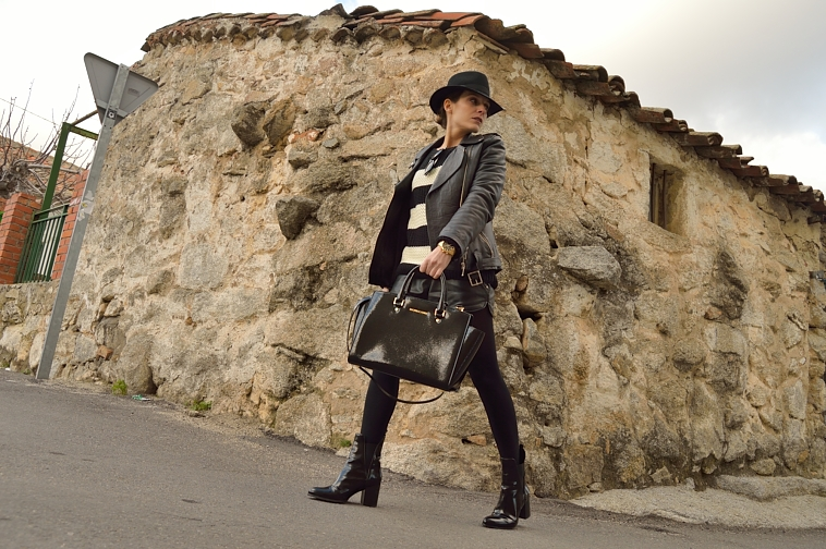 lara-vazquez-madlula-blog-black-leather-biker-jacket-hat