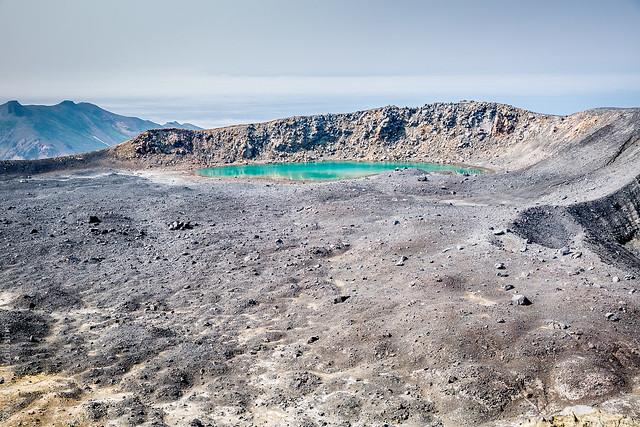 Lago cercano al volcán Ebeko. Paramushir. Islas Kuriles. Mar de Ojotsk.