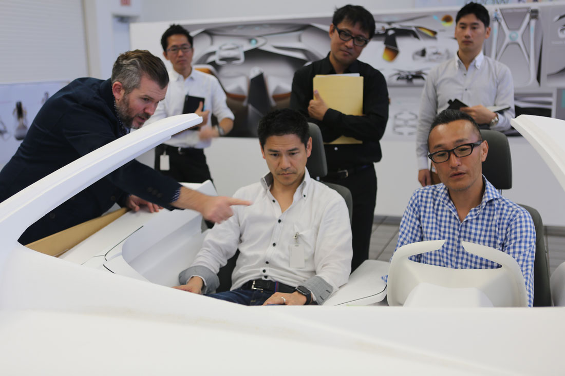 2017030218_Toyota_Concept_i