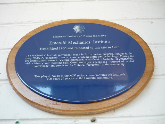Photo of Emerald Mechanics' Institute blue plaque