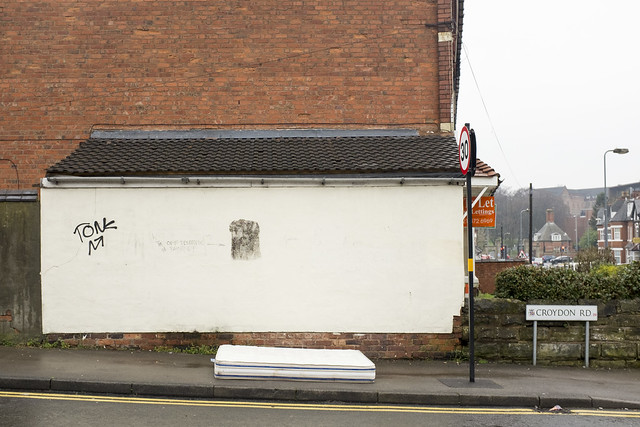 Street mattress, Croydon Road