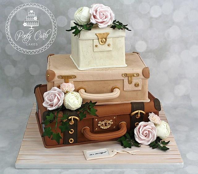 Cake by Ponty Carlo Cakes