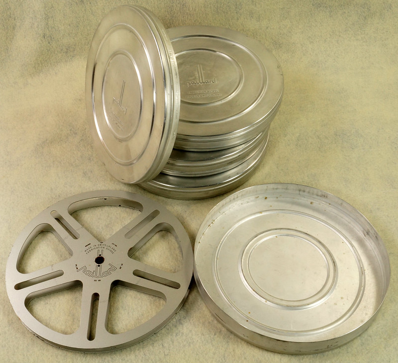 RD15726 4 Vintage Paillard Aluminum Flilm Cans and Reels Made in Switzerland DSC00241