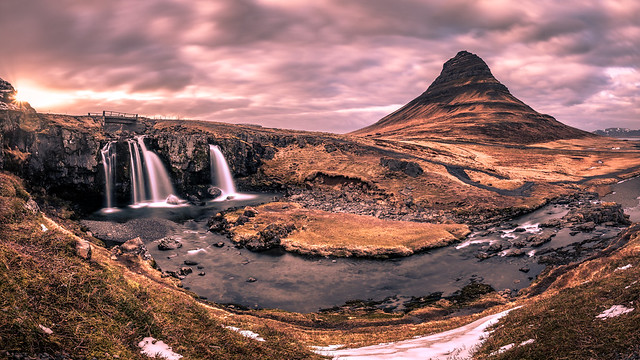 Sunset in Kirkjufell - Iceland - Travel photography