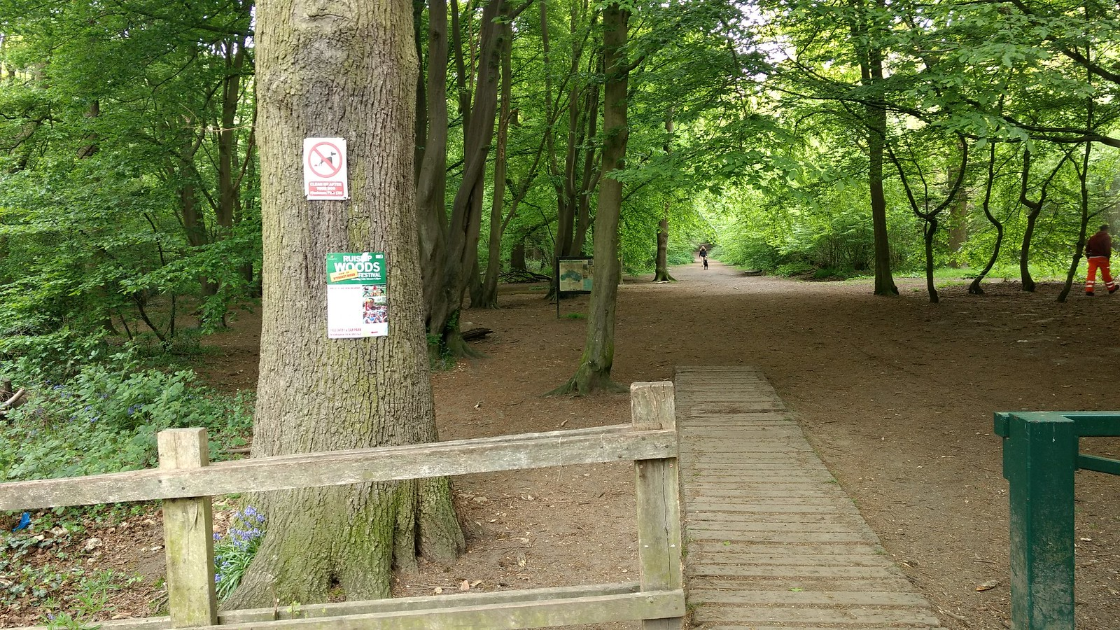Entrance to Ruislip Woods