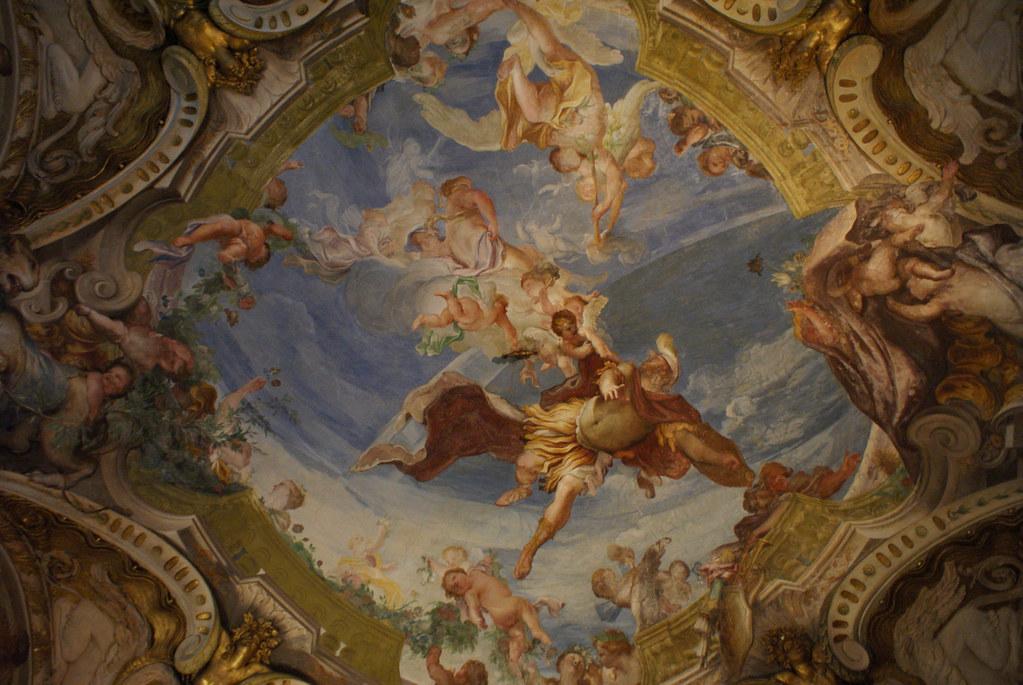 Peinture baroque en trompe l'oeil dans le Palazzo Bianco à Gênes.