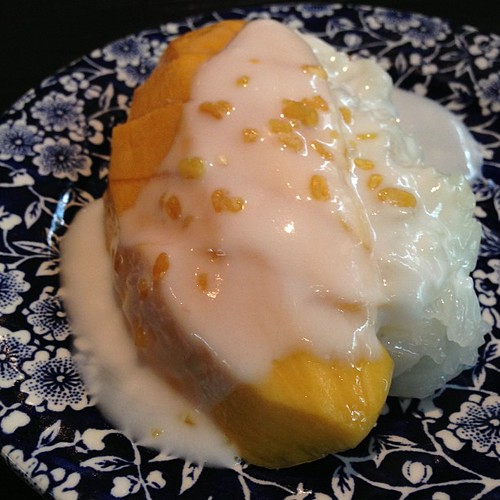 Kha Singapore's Khao Niaw Mamuang: Mango with sticky rice Thai dessert