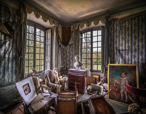 The Old Room of Macabre Detritus