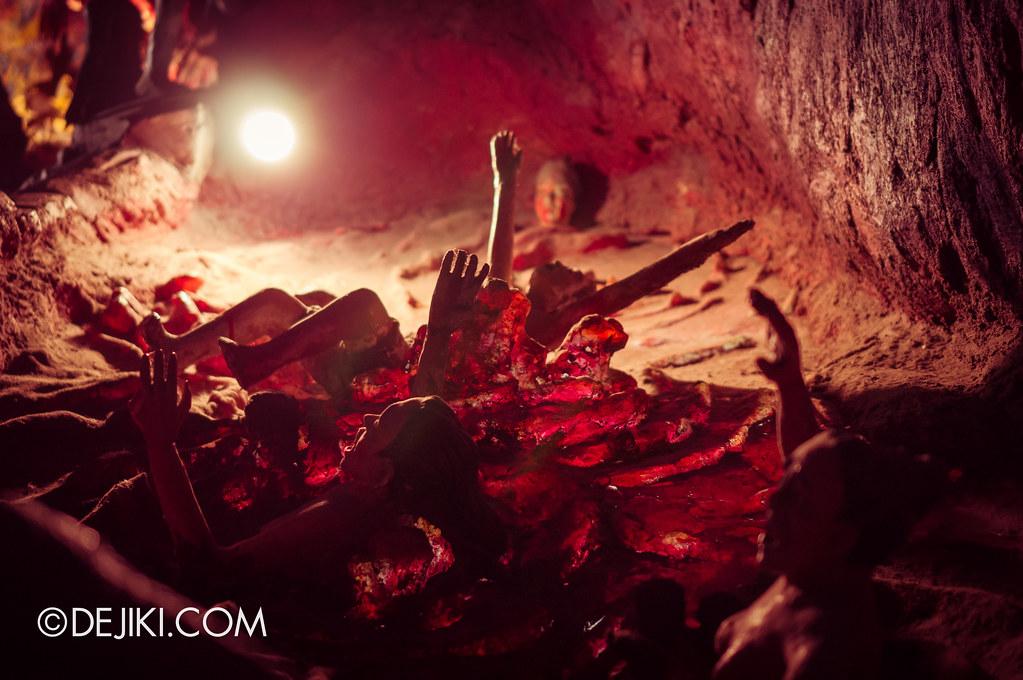Haw Par Villa - inside ten courts of hell 6