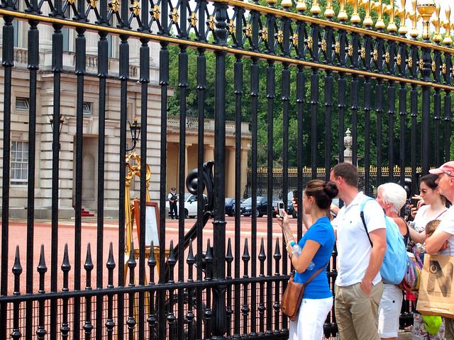 Buckingham Palace royal birth announcement