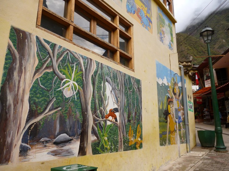 Rain forest mural in Aguas Calientes
