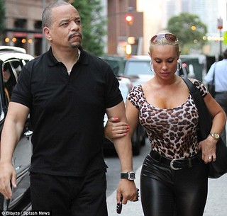 Coco & Ice T lamping in the Hood