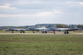 3 x T-50 PAK-FA before takeoff