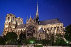 Notre Dame de Paris: un paseo nocturno