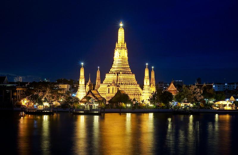 The Deck @ Arun Residence (Bangkok – Phra Nakhon) | Chin