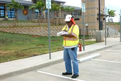 pedestrian crossing(0.0), asphalt(1.0), cleanliness(1.0), pedestrian(1.0),
