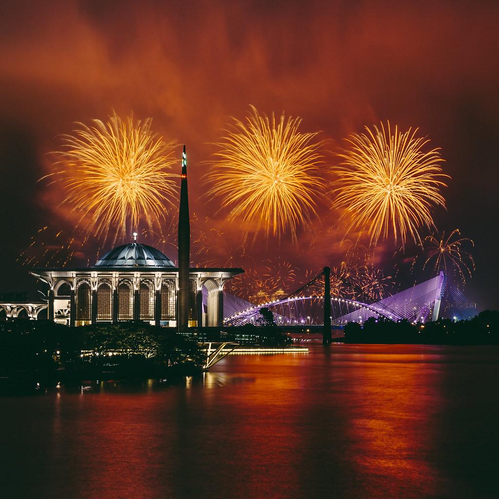 Putrajaya International Fireworks Competition