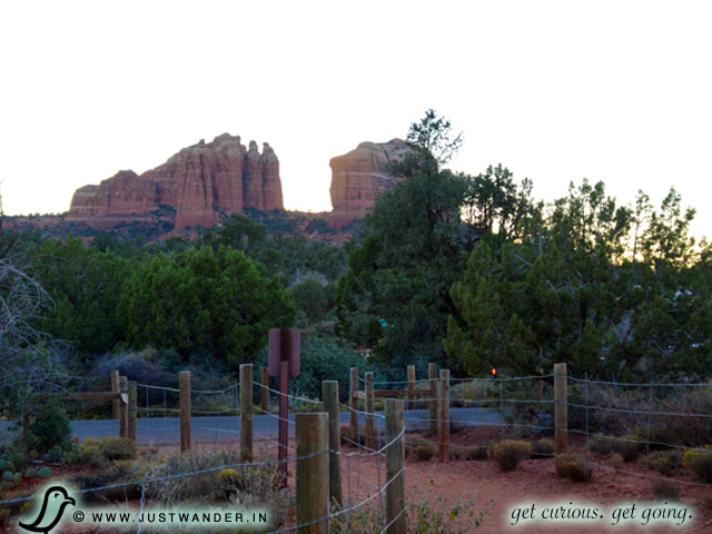 PIC: Sun starting to set at Bell Rock Pathway, Sedona, Arizona