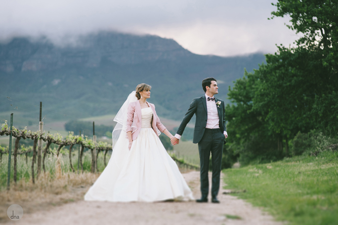 couple-shoot-Genevieve-and-Alistair-Vrede-en-Lust-South-Africa-wedding-shot-by-dna-photographers-55