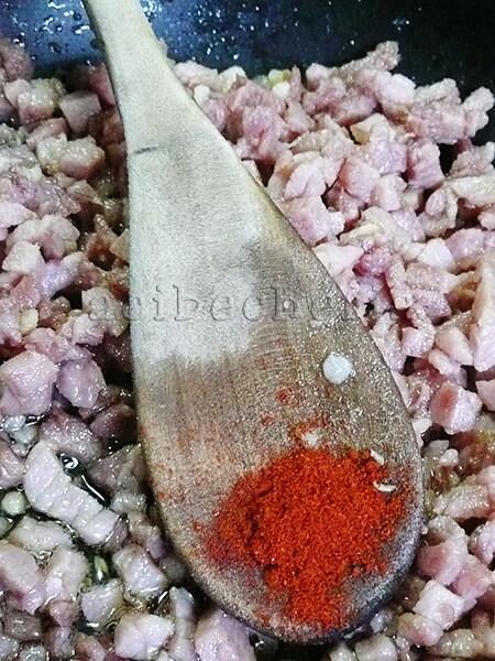 Raviolis de berza con alioli. el-lacon + el pimentón de La Vera