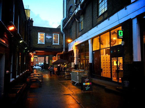 <p>Cafe 1001, Brick Lane</p>