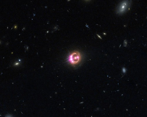 Distant Quasar RX J1131 (NASA, Chandra, 03/05/14)