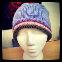 Finished this #chemocap #handknit #hat awhile ago but just got to photo it. #charityknitting #knitstagram #knitting #love @conniecaps #Cascade #CherubAran #yarn