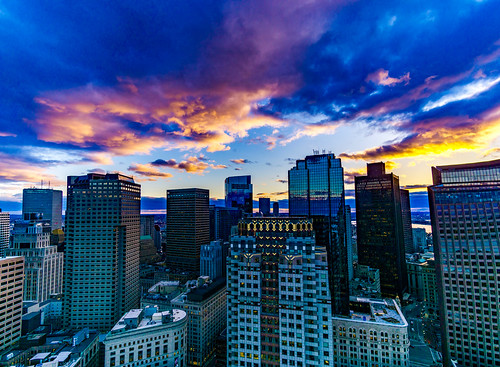 lightroom panorama rokinon rokinon12mm sonyalpha sonya6000 boston downtown sunset clouds sky colorful massachusetts newengland skyscrapers customhousetower architecture