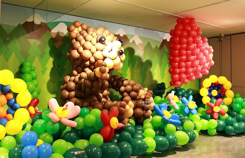 33252380821 e4ebe3ff24 c - 童趣幻想.氣球探索遊樂園-穿過彩虹隧道.來到氣球樂園.空中陸地海洋通通有.還有卡友限定的氣球泡泡池喔.台中新光三越10F天空劇場.3/11~3/29.免費入場參觀.假日親子遊