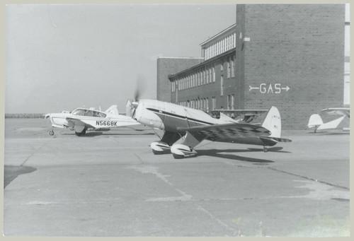 Racing plane