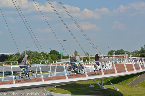The Hovenring in Eindhoven-33