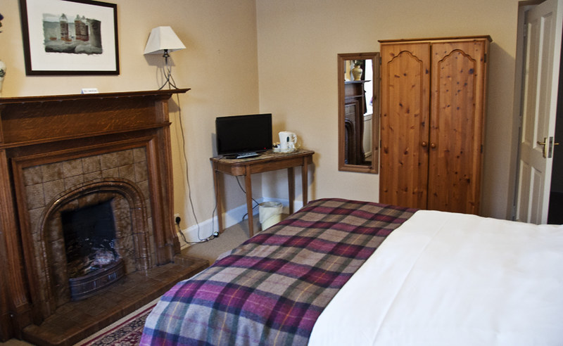 Cozy accommodations at Fiddler's Rest in Drumnadrochit