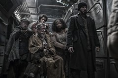 John-Hurt-Octavia-Spencer-and-Chris-Evans-in-Snowpiercer-2013-Movie-Image1 Nouveau Trailer et photos pour Snowpiercer9273305891 f7ec6101f7 msnowpiercer