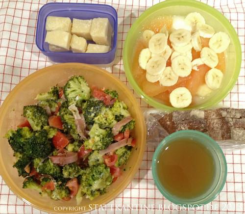 Stattkantine 1. März 2013 - Brokkolisalat, Parmesan, Apfelsaft